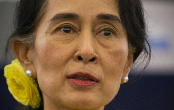 ROHINGYAS IN SUU KYI'S MYANMAR: WHY THE LIMBO PREVAILS