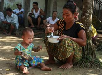 Burma: Aid Blocked to Rakhine State