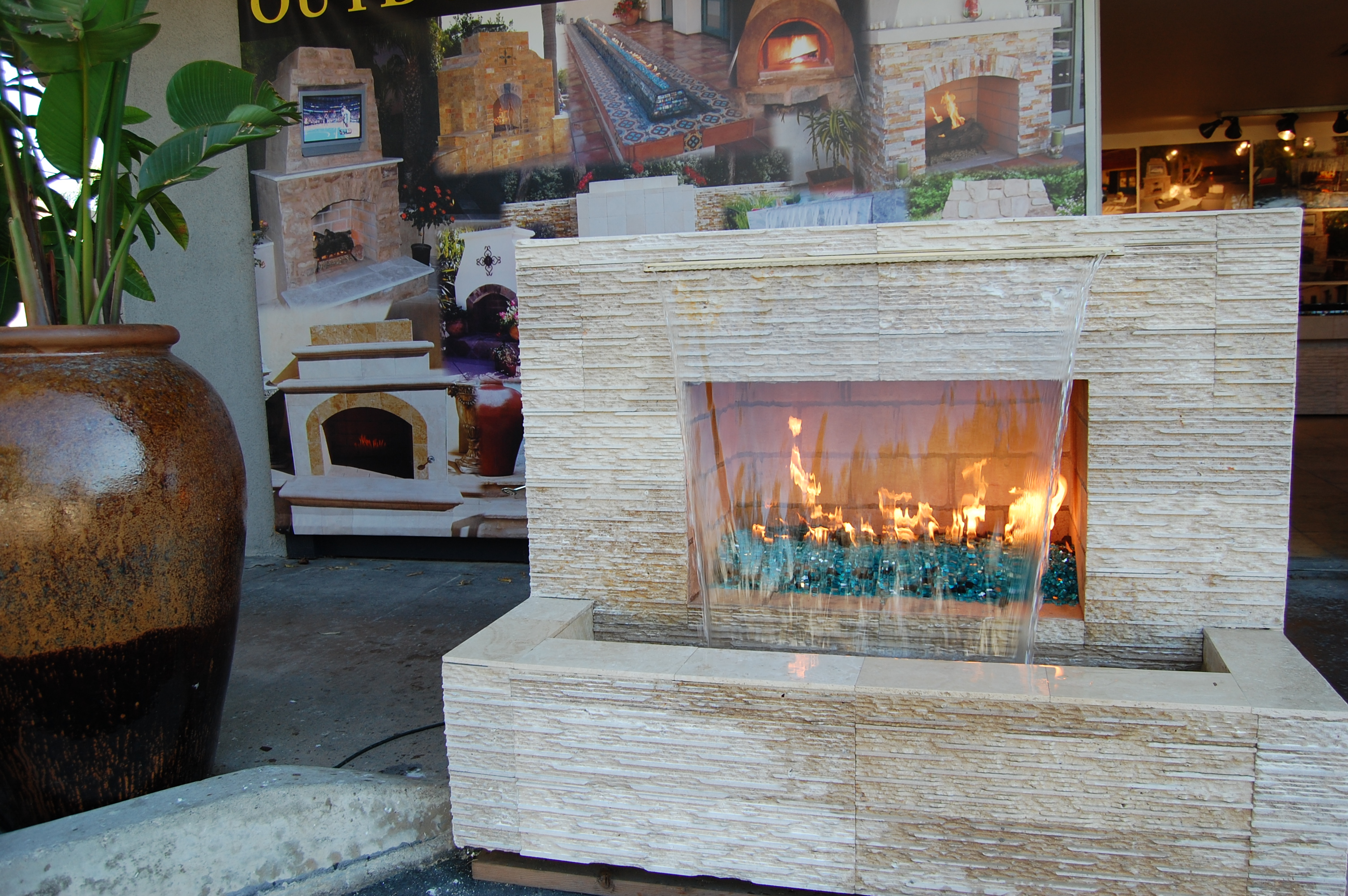 Moderne Design Fireplace With Waterfall - Custom Fireplace Design In