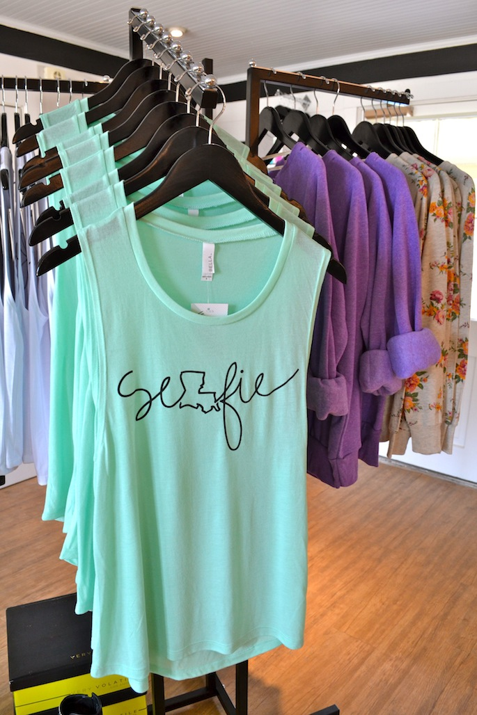 Selfie Louisiana Tank from Hey Penelope | Southern Flair #heypenelope #southernflair