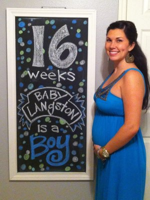 Baby Langston 16 weeks Pregnancy Chalkboard - Southern Made Blog