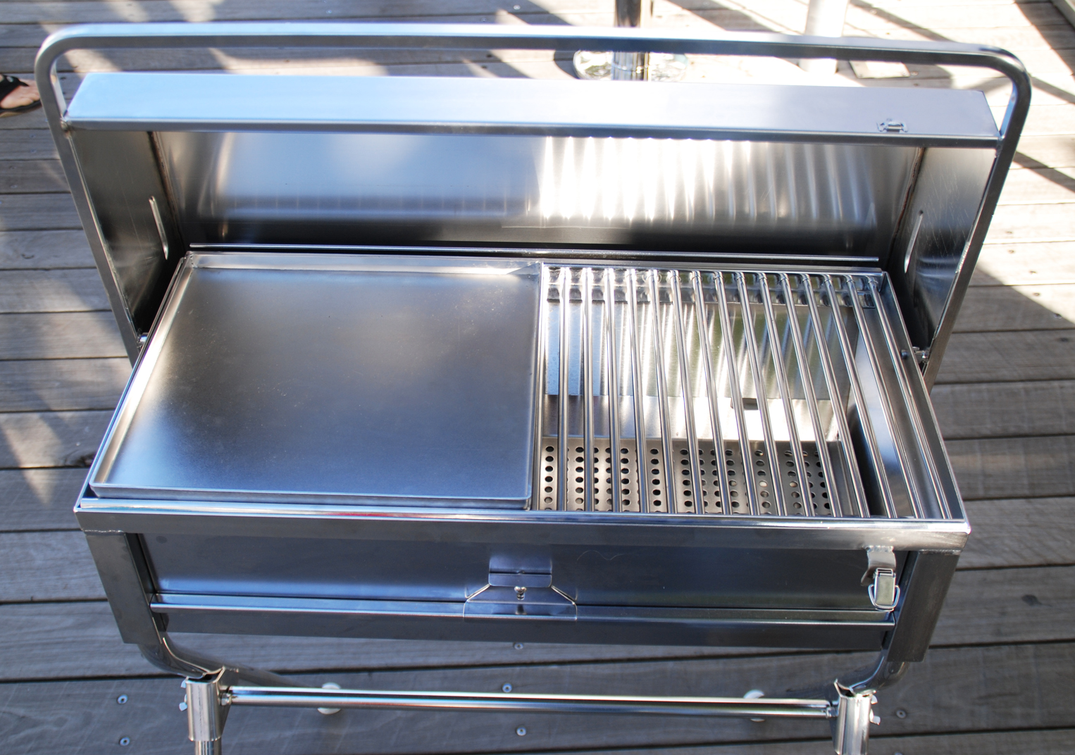 Bbqs For Sale Melbourne Stainless Steel Bbq S Marine Bbq S Boat Bbq Southern Stainless