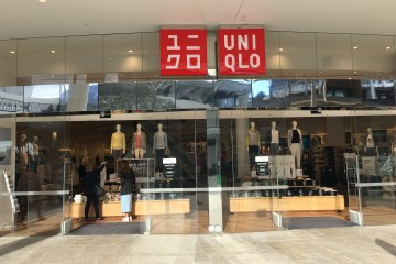 Southern Stainless - UNIQLO Department Store, balustrade, stainless mirror polish fiinish