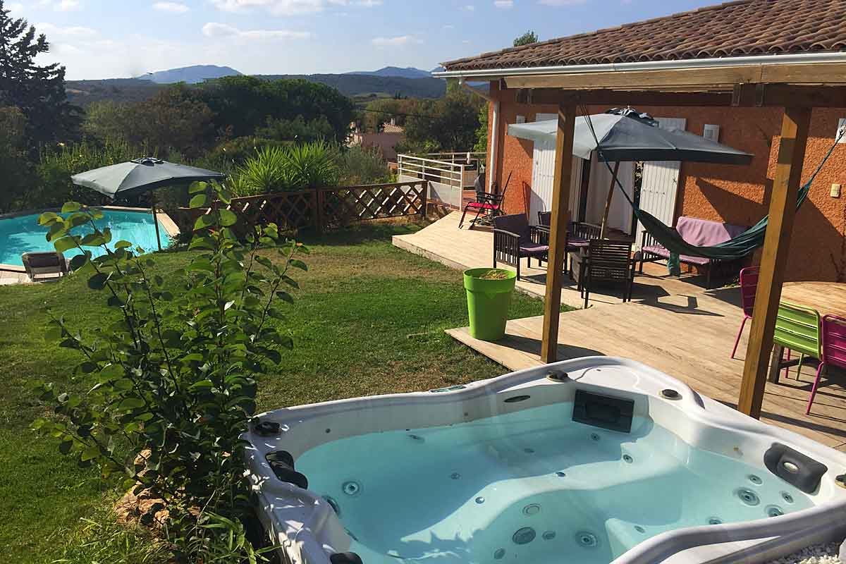 Jacuzzi Pool De Villa To Rent Near Magalas Languedoc South Of France Private
