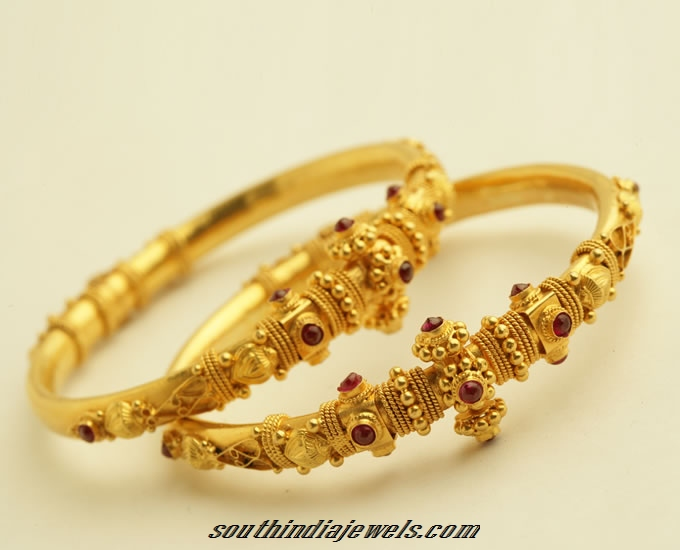 22k Gold Antique Bangle South India Jewels