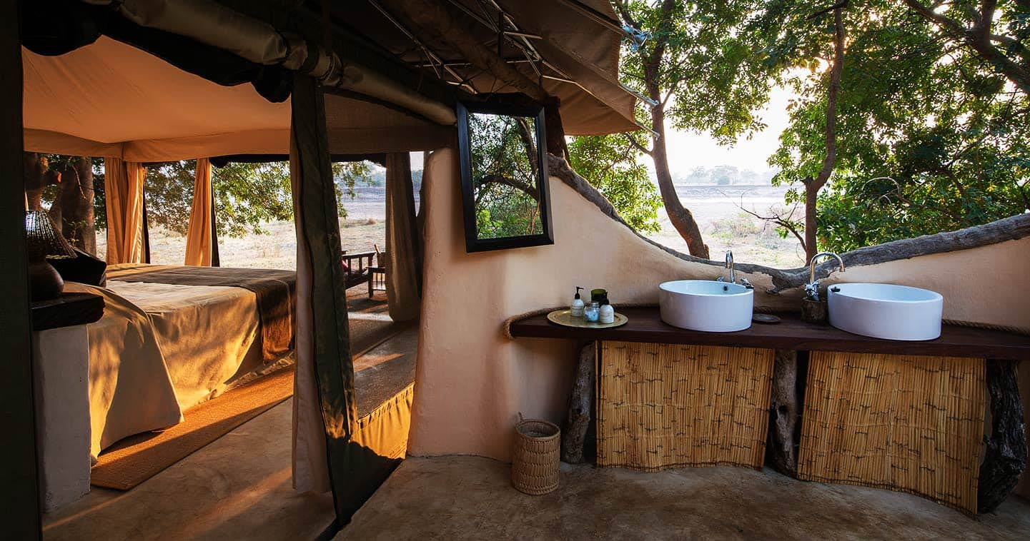 Bank Of Zambia Home Tena Tena Camp In South Luangwa National Park Luxury Safari In