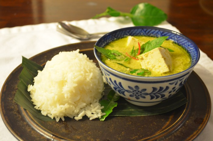 Vegetarian - Green Curry with tofu