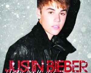 justin-bieber-under-the-mistletoe-deluxe-version-album-digital-booklet-itunes-plus