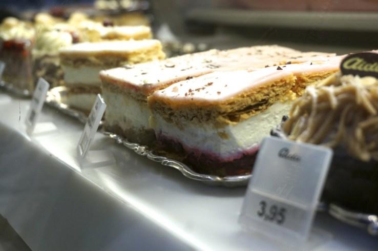 Cheap viennese cakes aida cafe vienna
