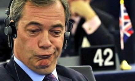 Un eurodiputado de extrema derecha echa el mejor rapapolvo de la historia al Parlamento Europeo