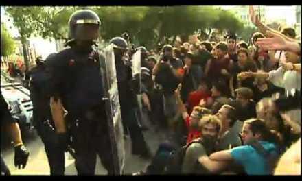 El gobierno catalán utiliza el fútbol para acabar con la #acampadabcn