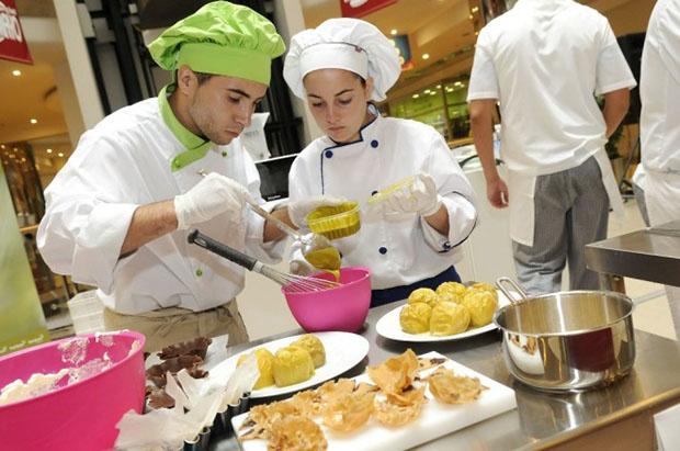 La escuela internacional de cocina fernando p rez for Escuela de cocina mallorca