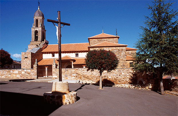 Iglesia de San Esteban de Alija del Infantado