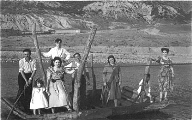 Las barcas de paso del r o porma hasta el siglo xx - Fotos antiguas de rociana del condado ...