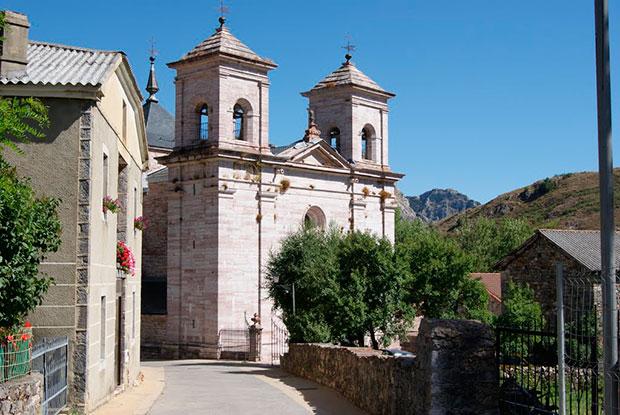 Iglesia parroquial de Lois, la Catedral de la Montaña (Crémenes, León)