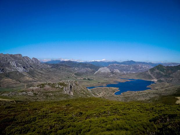 Valle de Casares en la Reserva de la Biosfera del Alto Bernesga (León)