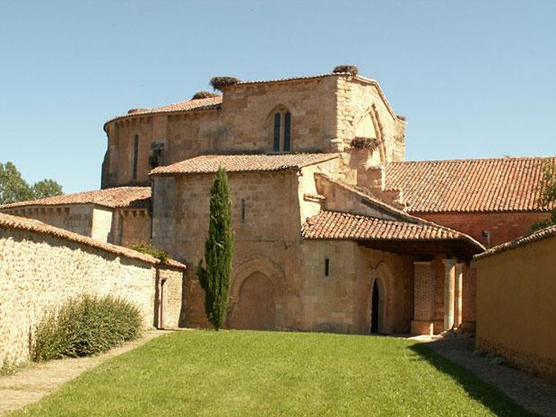 Monasterio Santa María La Real de Gradefes