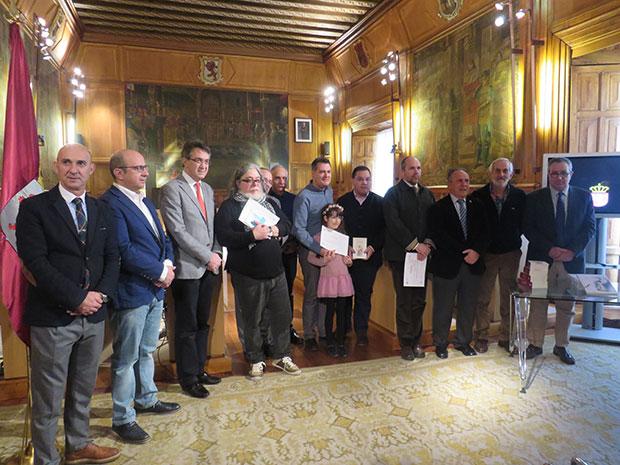 Foto de familia con los ganadores