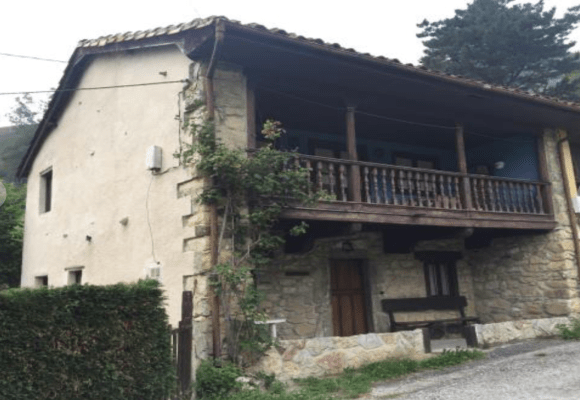traditional stone built house for sale in Piloña, eastern Asturias