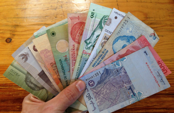foreign-currency-spartantraveler
