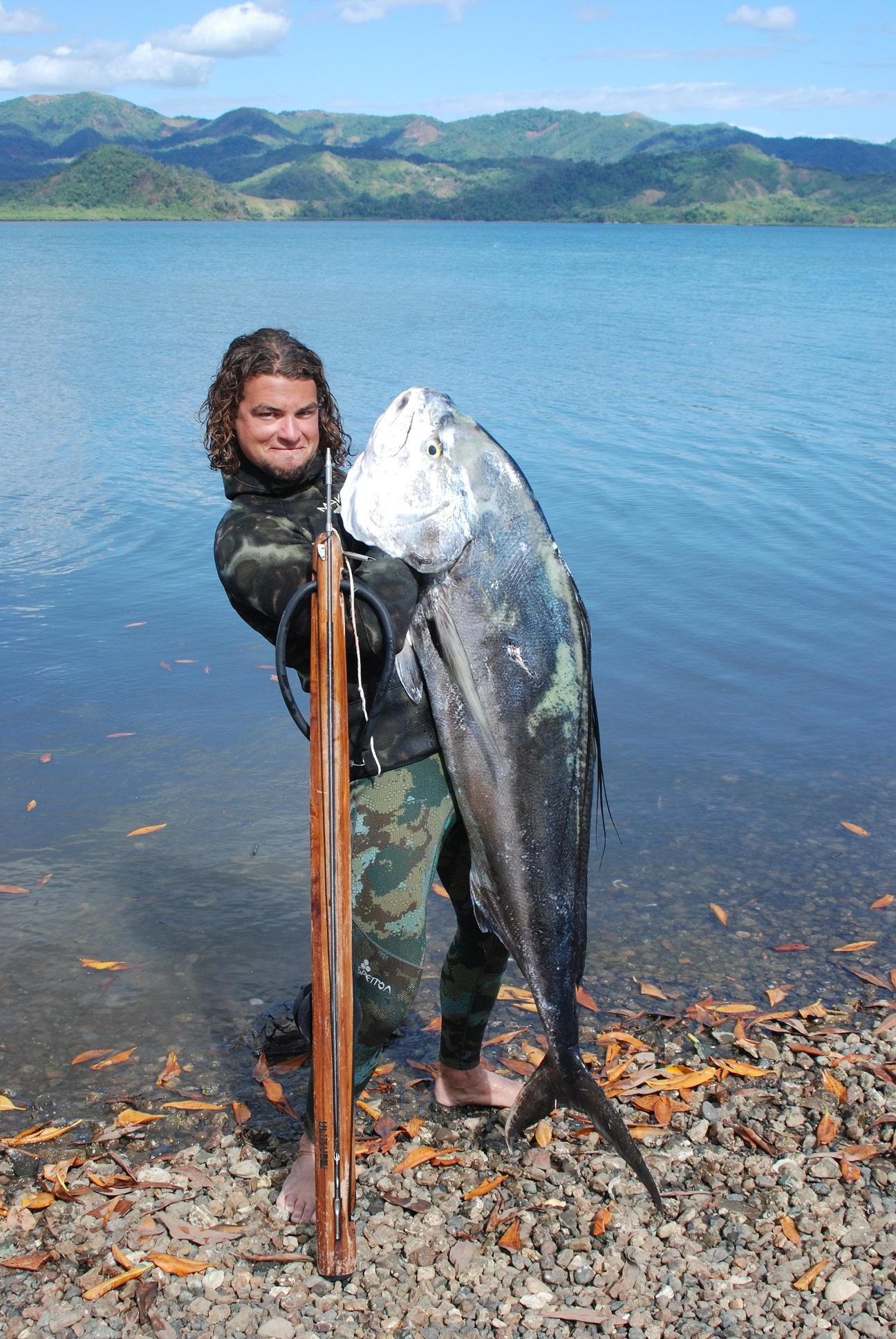 Single Girl Wallpaper Rooster Fish Spearfishing Panama