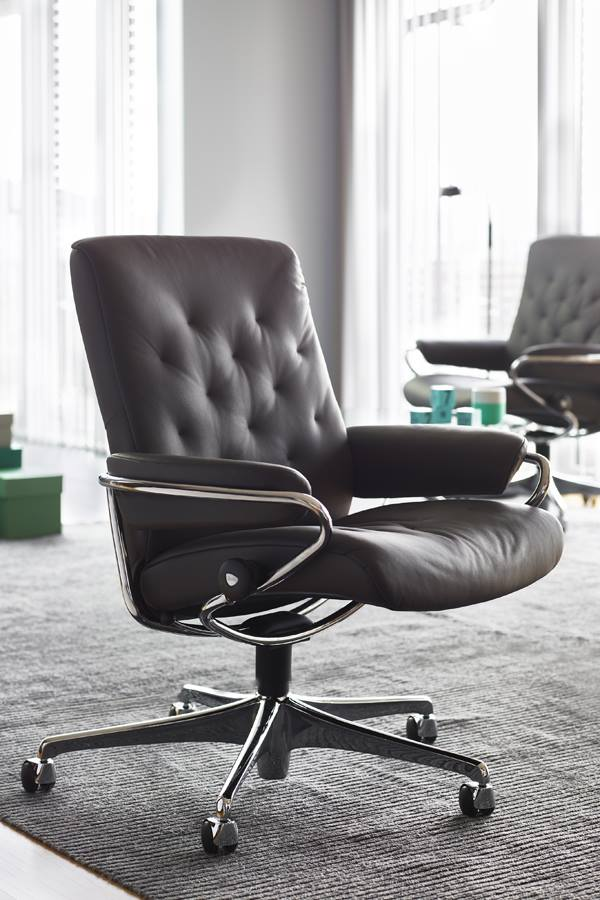 Stressless Outlet Stressless Metro Chair Low Back Standard Base In By