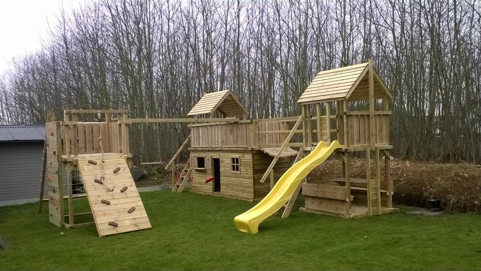 Speeltoestel Kleine Tuin : Tuin speeltoestel speeltoestel kiosk 120 van douglas hout met glijbaan