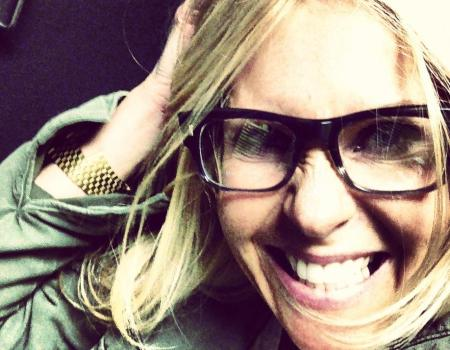 Tania Loves Her Oliver Peoples