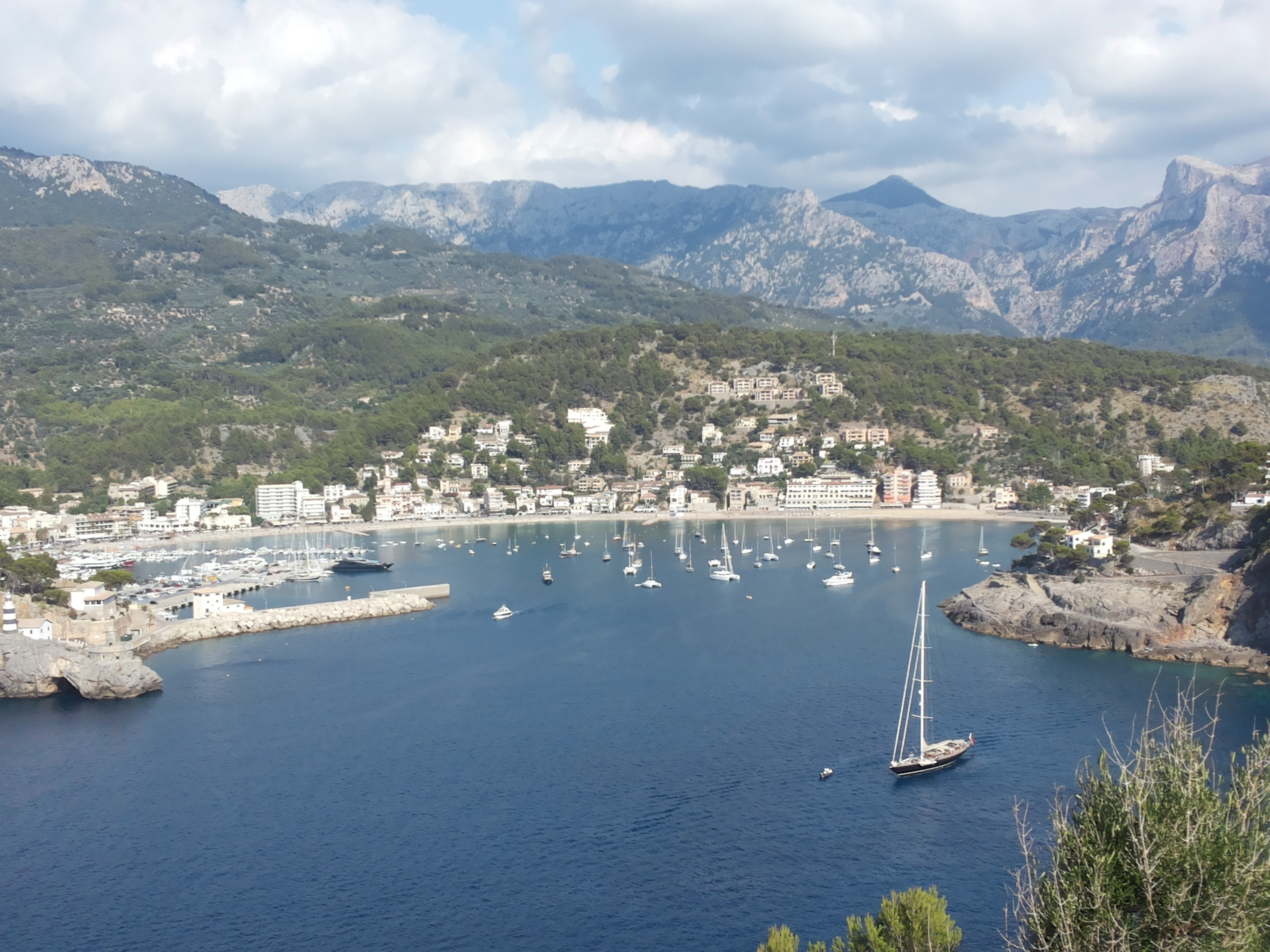 Bad Set Palma What To See Do In Soller Mallorca Spain Tips From An Expat