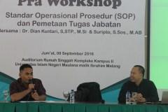 MC dan Pemateri Bpk. Suripto, M.AB