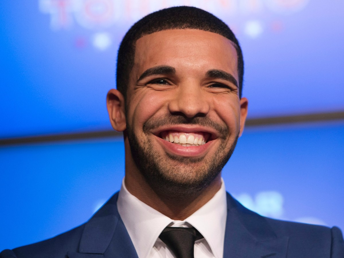 Drake Inspires Kids With Speech In South Africa