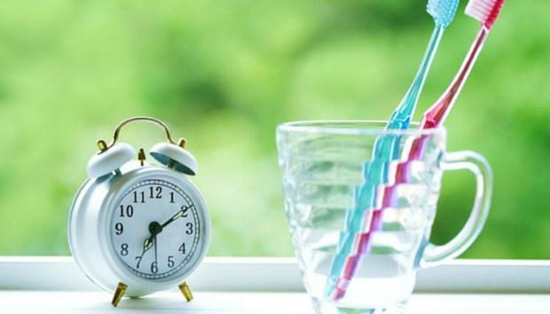 8 Απίστευτες Χρήσεις του Οξυζενέ: Πώς να το Χρησιμοποιήσετε Μέσα στο Σπίτι
