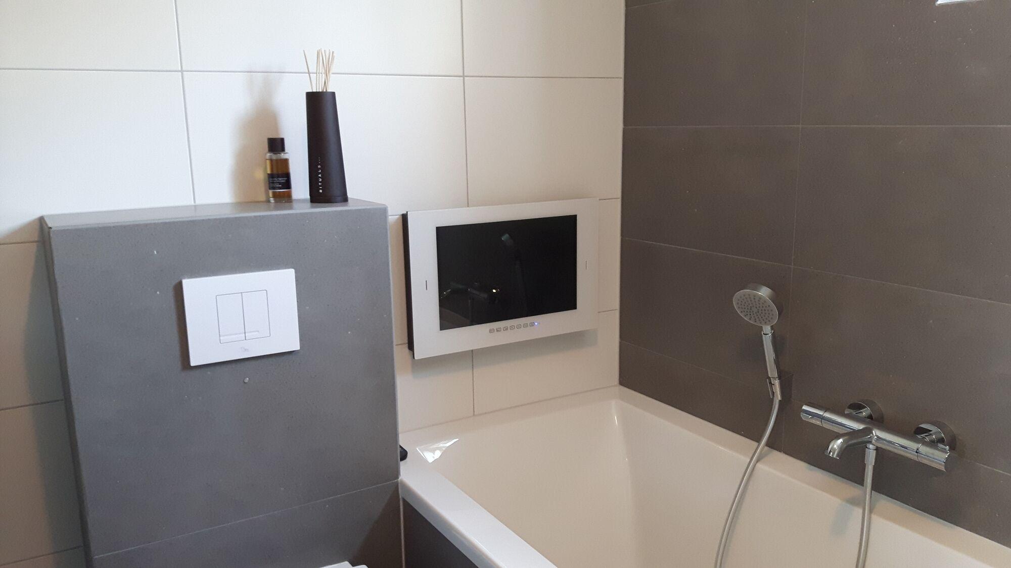 Inbouw televisie keuken aeg tv inbouwen in je keukenkastje