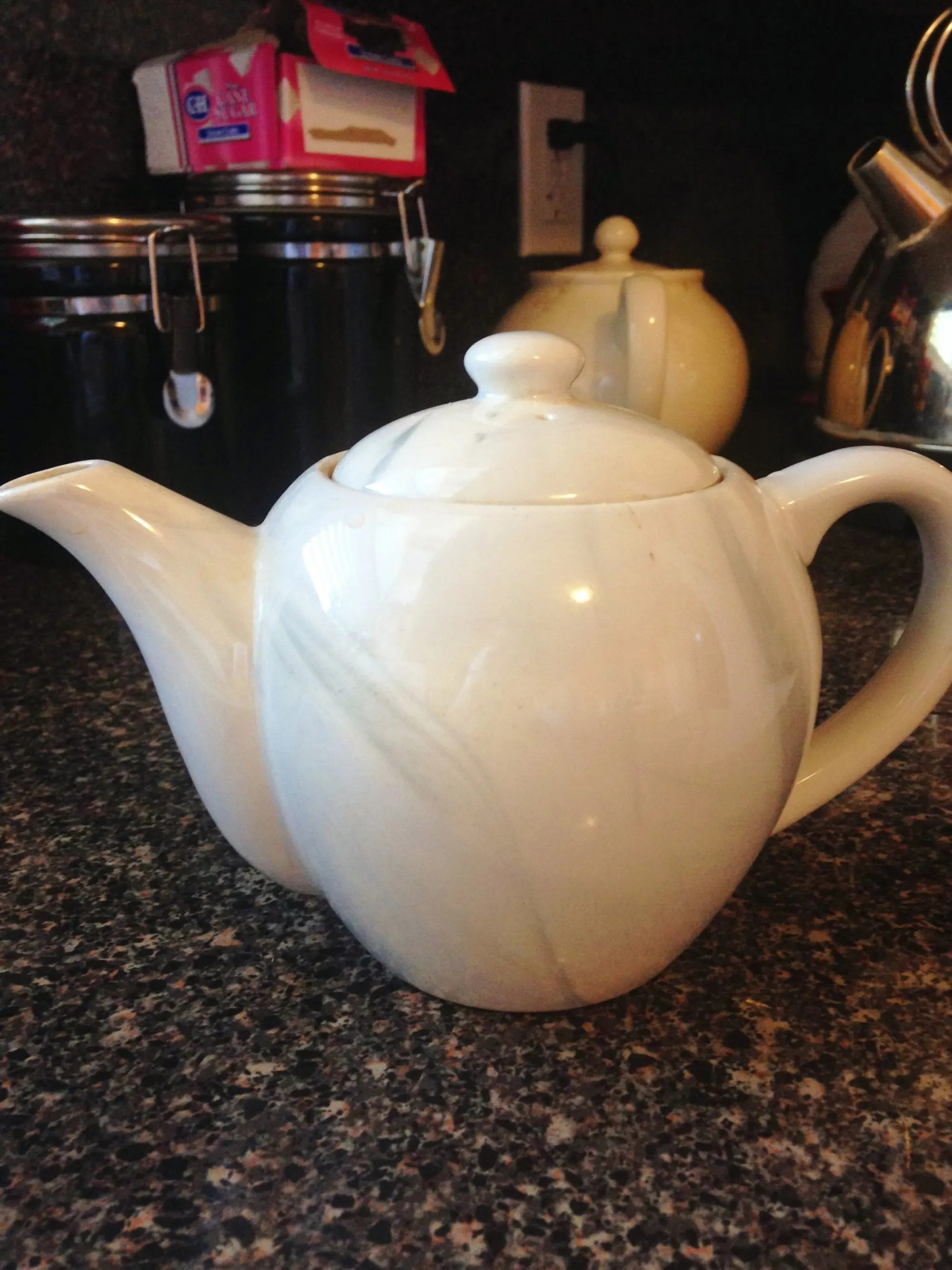 Making Tea In A Teapot How To Make The Perfect Cup Of Tea Splendry