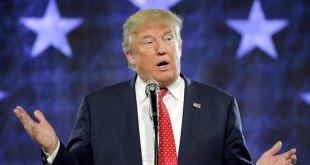Republican presidential candidate Donald Trump speaks at Liberty University in Lynchburg, Virginia, January 18, 2016.  REUTERS/Joshua Roberts