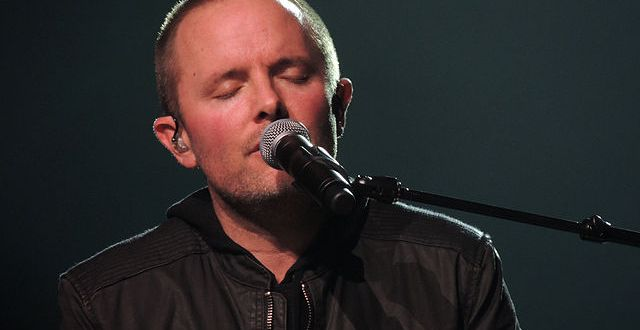 """Chris Tomlin performing at the Scottrade Center in St. Louis, Missouri during his """"Burning Lights"""" tour. Wikipedia photo by Dakota Lynch"""