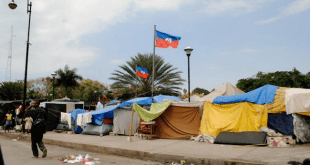 Makeshift homes after the Haiti earthquake/Tracy Simmons