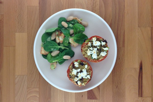 quinoa & leek stuffed peppers / spinach salad with basil tahini dressing