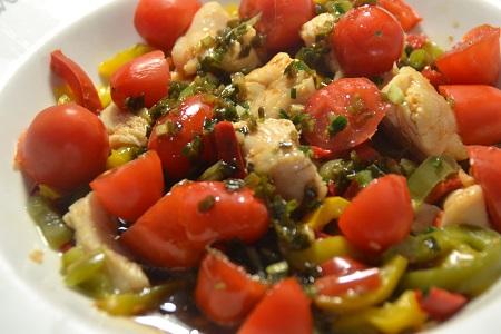 Salade poulet poivrons tomates préparation cookeo