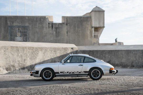 Porsche 911 Carrera 3.0-24