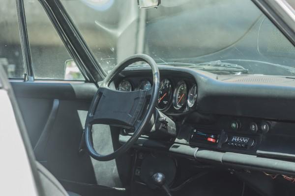Porsche 911 2.7 1974 (2)