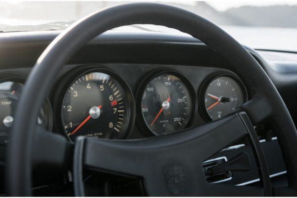 Porsche_911_22T_09