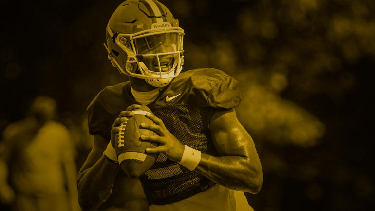 Failing to convince himself to transfer elsewhere, Kelly Bryant is
