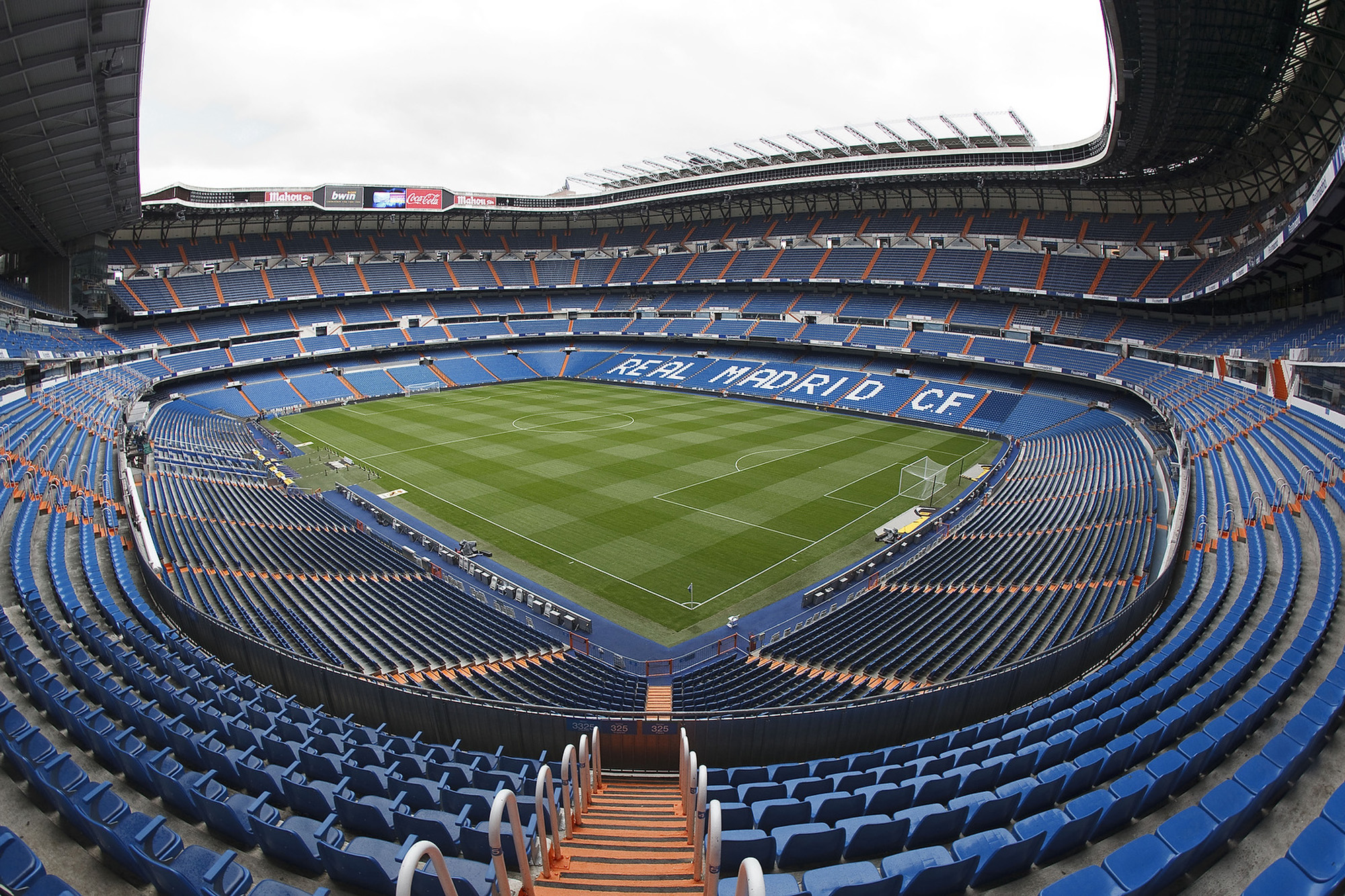 Wallpaper Man Utd Hd Real Madrid Upgrading To Cisco Connected Stadium Solutions