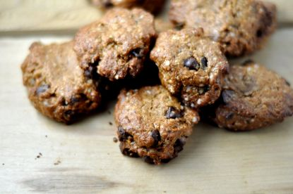 Quinoa Flake and Almond Butter Cookies