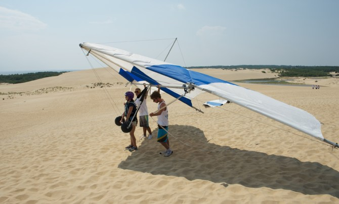first-time-try-hang-gliding-adventure-sport-experience-spry