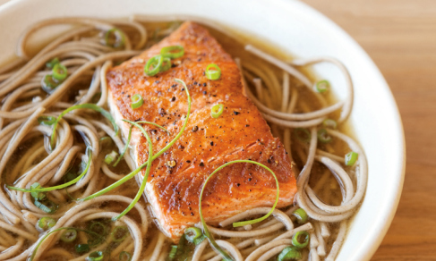 william-sonoma-soup-cookbook-soba-noodles-sear-salmon-ginger-green-onion-broth-diet-food-nutrition-health-food-spry