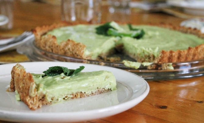 Creamy Coconut Avocado Lime Pie