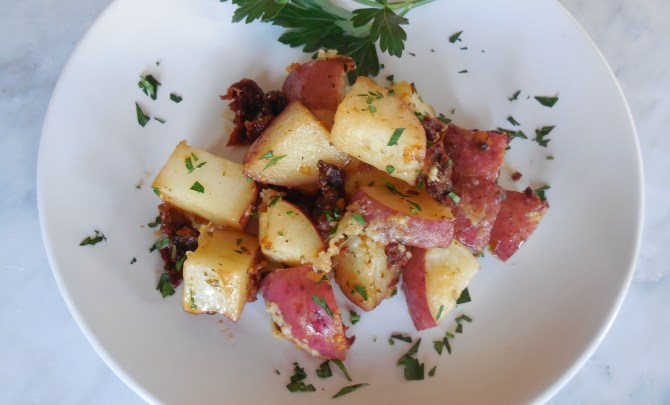 Roasted Red Potatoes with Sundried Tomatoes and Parmesan (8)