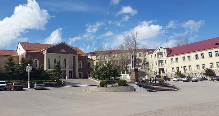 Daşkəsən şəhərinin mərkəzi meydanı